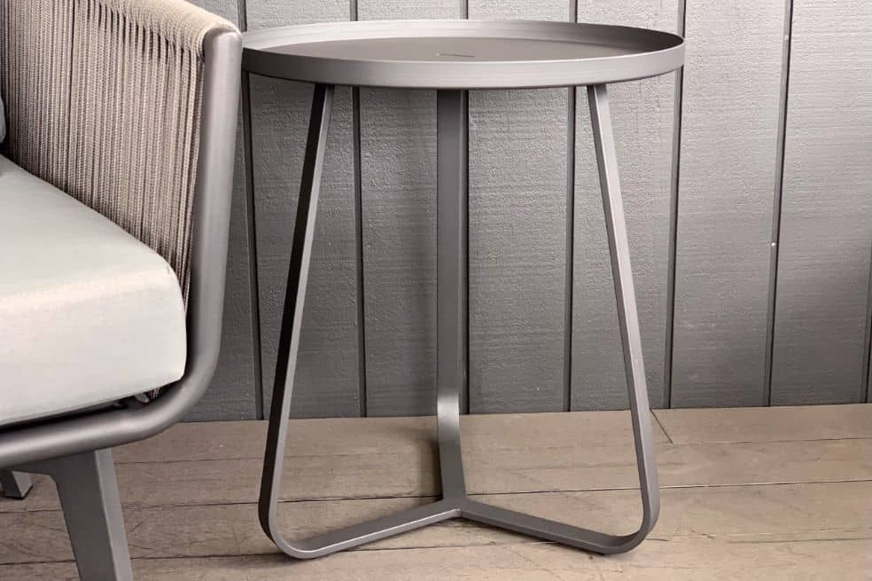 round-outdoor-aluminium-side-table-black