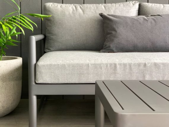 ti point sunbrella 3 seater sofa anthracite grey close up MAIN
