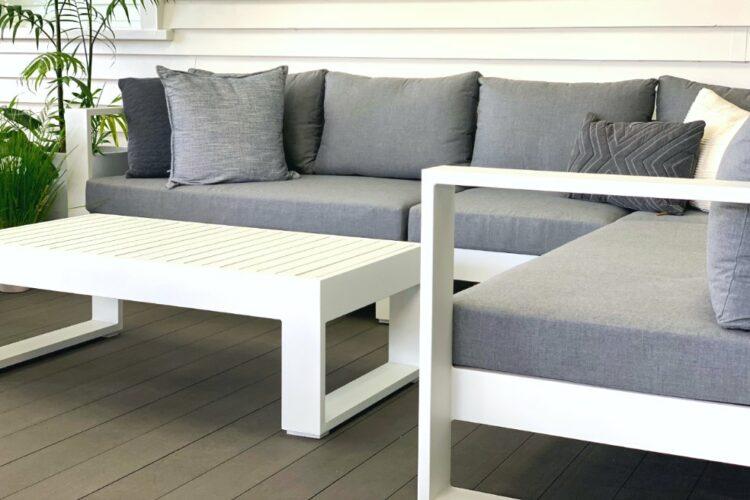 designer-white-outdoor-aluminium-sofa-auckland