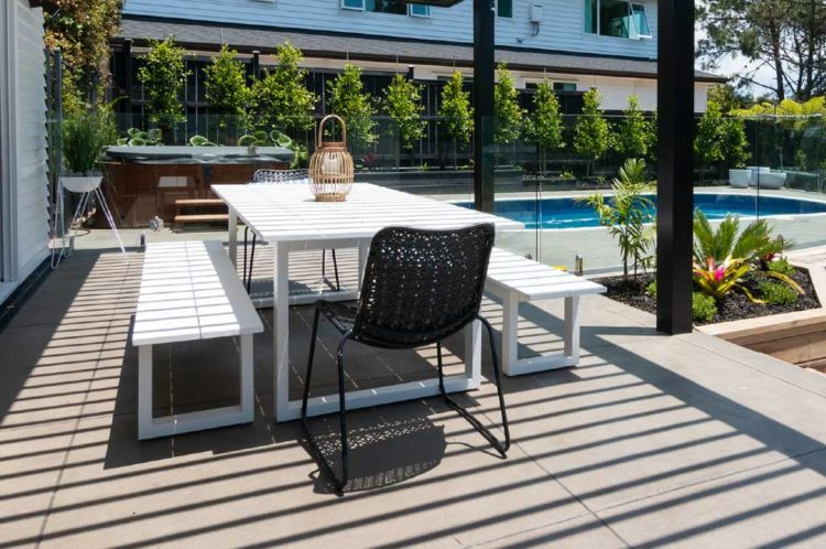 white outdoor dining