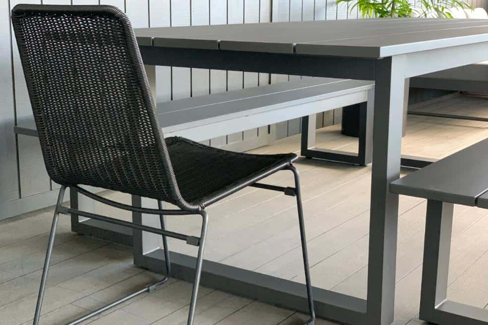 outdoor-aluminium+rattan-dining-table&bench-seat