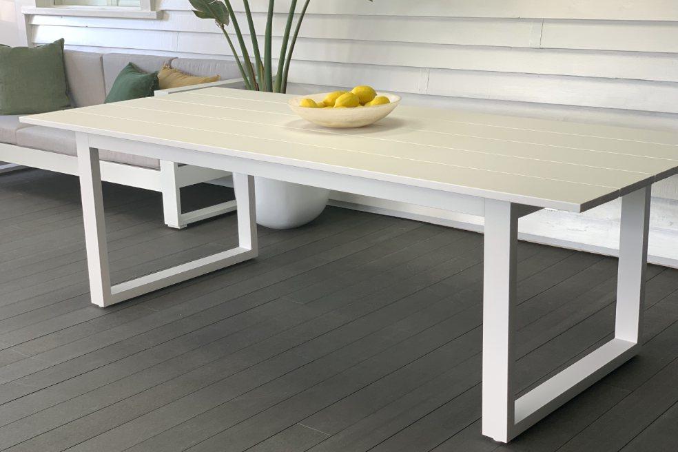 outdoor-aluminium-white-table-nz