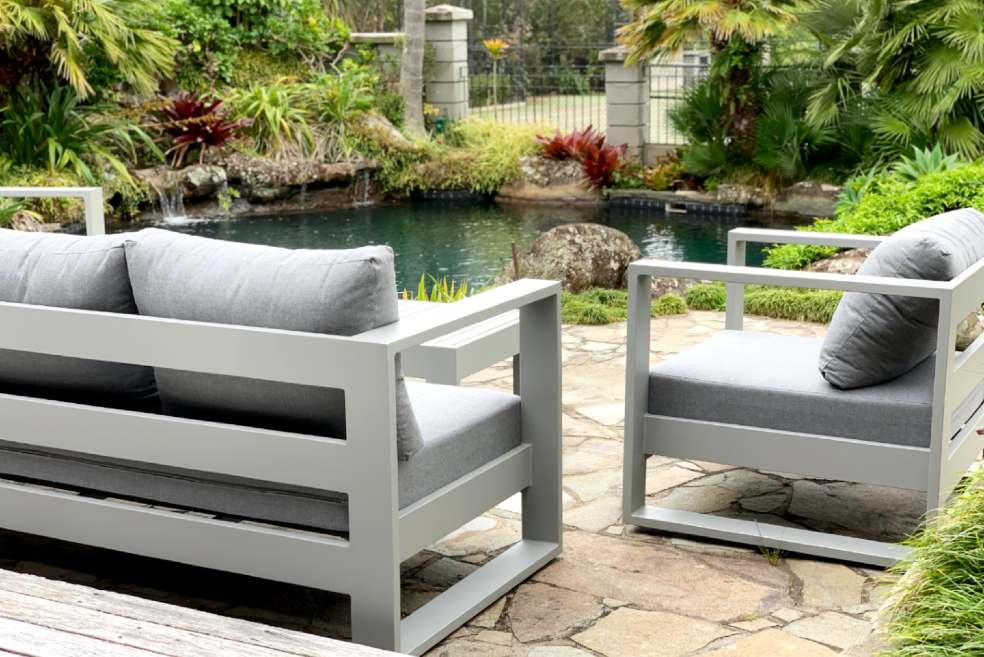 premium lifestyle outdoor furniture