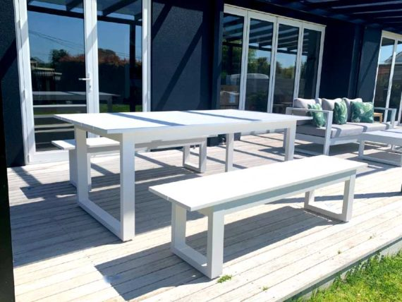 white outdoor bench seat auckland