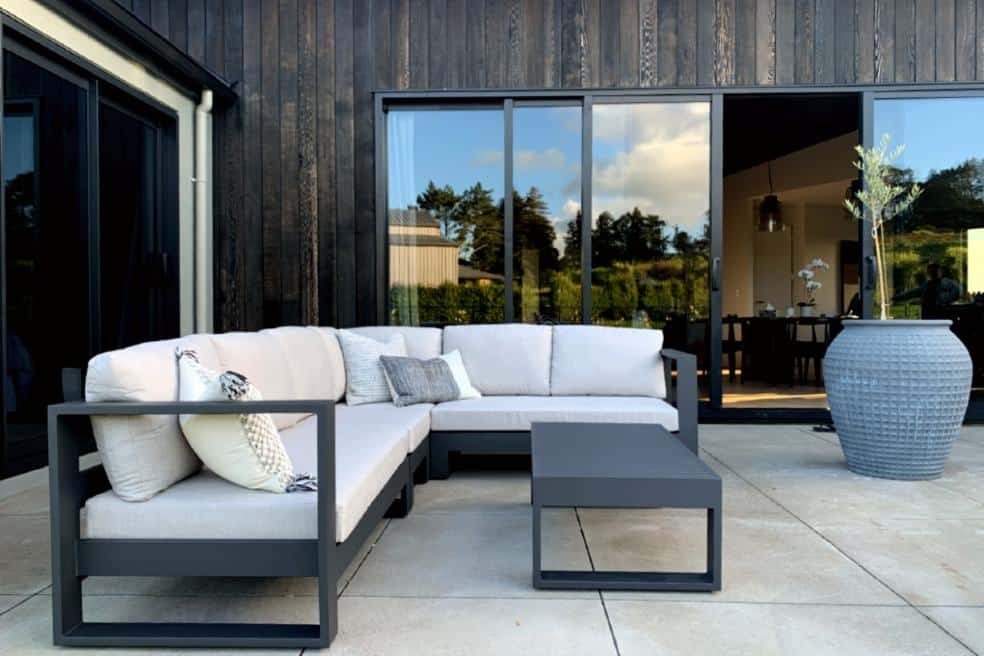 black modern outdoor furniture
