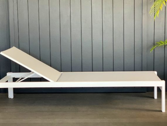 quality white outdoor sun lounger nz