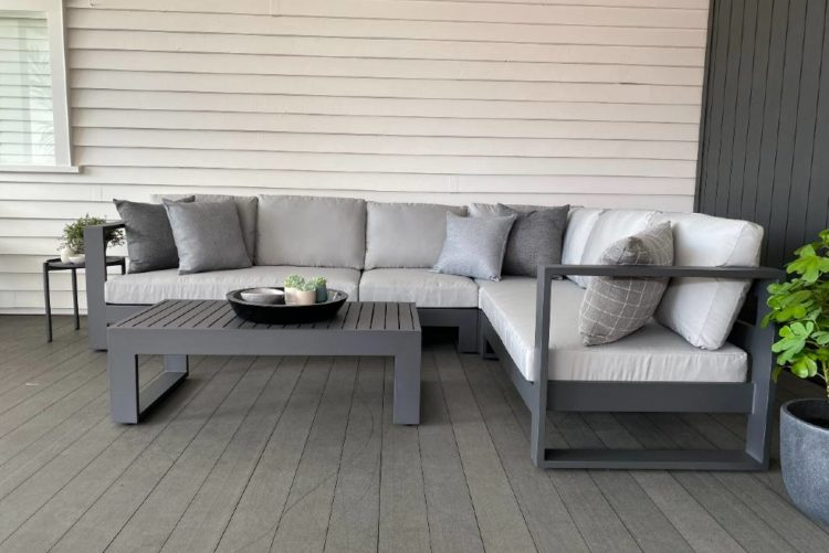 quality outdoorproof modern furniture